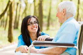 Dịch Vụ Chăm Sóc Người Gìa Nhơn Trạch Chăm Sóc Tại Nhà Và Tại Bệnh Viện